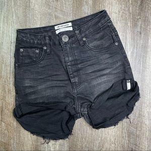 One Teaspoon Black Cuffed Denim Shorts Size 24